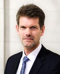 Dr. Carsten Tegethoff grüßt als neuer Pressesprecher am BVerwG (Foto: Bundesverwaltungsgericht)